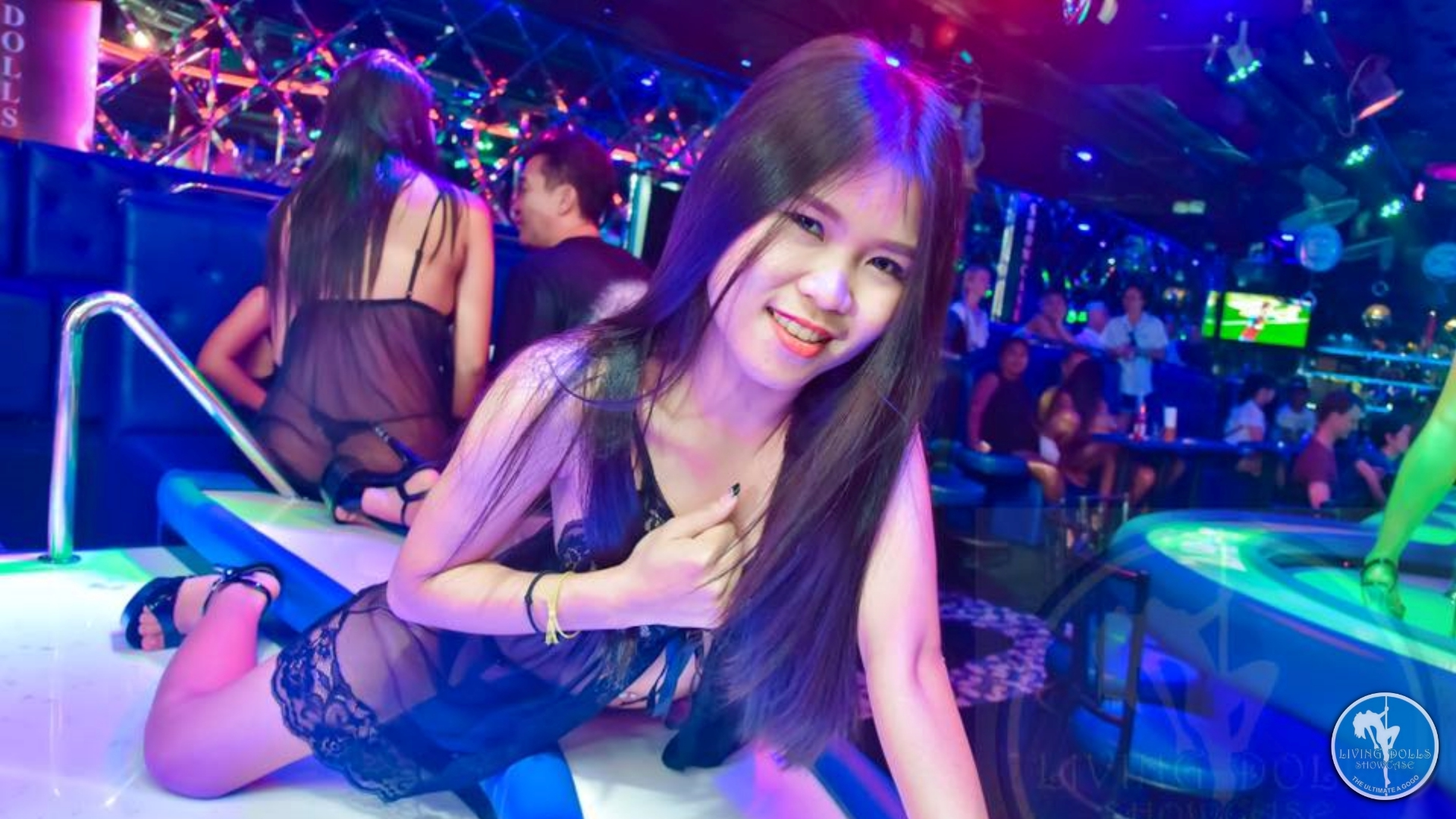 Living Dolls Showcase - Walking Street, Pattaya | Bar